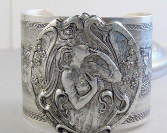 Freya,Cuff Bracelet,Cuff,Bracelet,Goddess Bracelet,Goddess Jewelry,Goddess,Hera Bracelet,Queen Bracelet,Queen,Girl Bracelet,Greek Goddess,