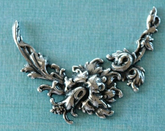 Silver Floral Arch Finding 2627