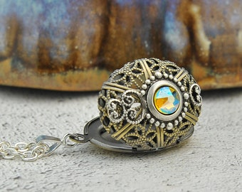 The Merlin Aromatherapy Necklace, Aromatherapy Pendant, Aromatherapy Jewelry, Essential Oil Diffuser, Vintage Locket