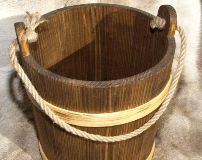 7 Litre Bucket With Rope Handle