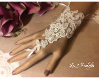 White lace wedding mitten * anais * *.