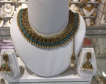 Indian blue and gold necklace set