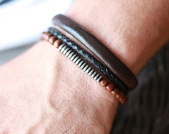 Mens leather Bracelet - Mens Black leather Bracelet or Brown Leather