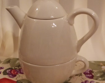 Tea for 1- Hand Made Ceramic Solid White Teapot