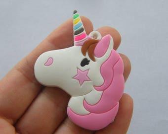2 Unicorn pendants rubber A704