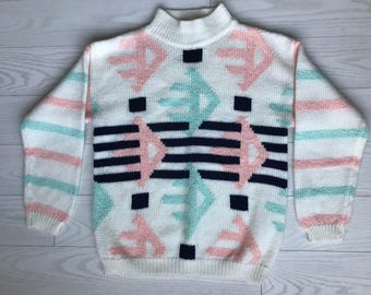 NWOT Vintage light colored Sweater with geometric shapes Retro