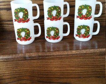 "Set of Six Stackable Glasbake ""Season's Greetings"" Wreath Mugs"