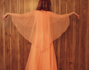 Amazing vintage peach 70s dress small
