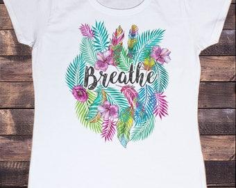 Women's T-Shirt 'Breathe' Beautiful wildlife leaves American feathers Print TS1134