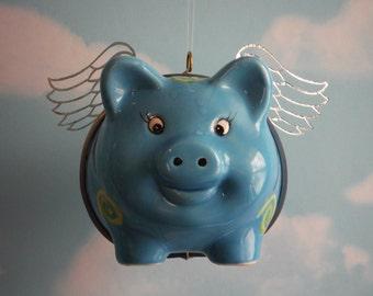 Lorsque les porcs mouche, Flying Pig en bleu