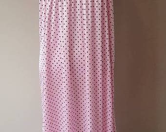 M / Ladies Fashions / Pink Polka Dot Nightgown / Gown / Vintage / Fancy Flower Embellishment Across Bosom / Medium