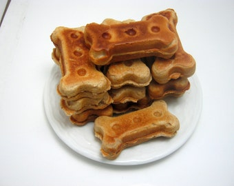 Peanut Butter Dog Biscuits from Dingo Dongo Biscuits 12oz