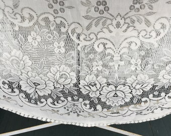 Vintage Oblong Lace Tablecloth, Oval, Ivory, Cream, Synthetic