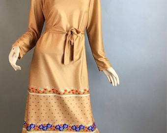 Vintage 70s Dress// 70s Day Dress// Deadstock Beige Dress blue poppies (F1)