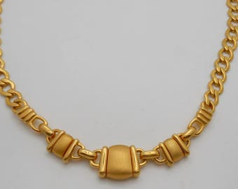 Vintage Monet Matte Station Goldtone Curb Link Necklace