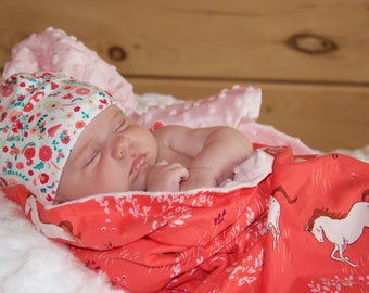 blanket, bedding, coverlet, crib, crib, baby, child, girl, blanket, minky, cotton, horses, ponies, small bouquet