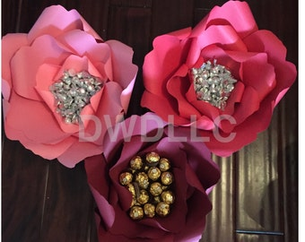 Paper Flower filled with Chocolate