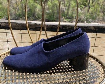 Vintage 90s Pancaldi Shoes // Navy Blue Chunky Heel Loafers // Size 8 1/2 B