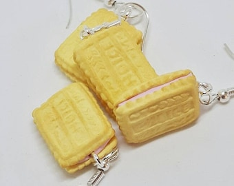 Novelty earrings - strawberry cream biscuits