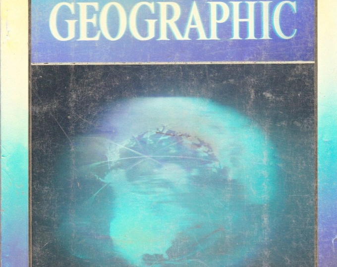 Vintage National Geographic Magazine, December 1988, Vol 174 No 6, Holographic Covers, No Map, Endangered Earth