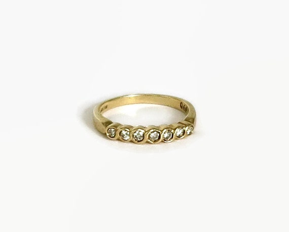 Vintage diamond band ring in 9 carat yellow gold setting, 7 round diamonds, 30PTS, wedding band, anniversary ring, stackable ring