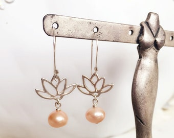 Sterling silver Lotus with 5mm Freshwater pearl  earring /clean and simple/Yoga Jewelry