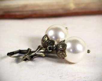Large Pearl Earrings, Renaissance Bridal Jewelry, Victorian Cream Pearls, Victorian Wedding, Ren Faire Costume, Handfasting, Garb, Aquitaine