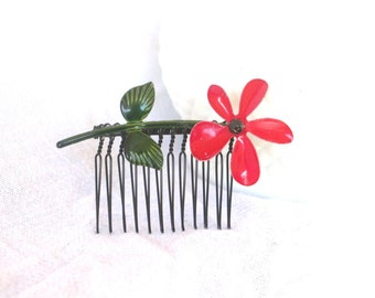 H14 Vintage Enamel Red Flower Upcycled Hair Comb