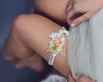 Wedding Garter Flower Garter Bridal Floral Garter Lace Garter