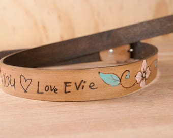 My Handwriting Gift - Mandolin Strap with Custom Inscription in Your Handwriting - Sue pattern - Leather with Flowers and Butterflies