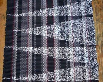 Handwoven Rag Rug - Black, White - Original Pattern - Inv. ID #04-0271