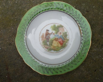 Vintage Glass Miniature Occupied Japan Hanging Plate Wall Hanging Green Mini 1940s Courting Couple