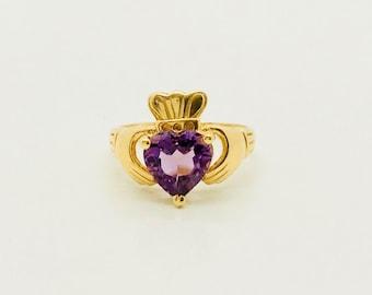 Yellow Gold Amethyst Claddagh Ring, Vintage Amethyst Ring, Irish Ring, February Birthstone Ring, Vintage Claddagh Ring, Birthstone Ring