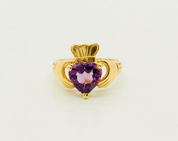 Yellow Gold Amethyst Claddagh Ring, Vintage Amethyst Ring, Irish Ring, February Birthstone Ring, Vintage Claddagh Ring, Birthstone Ring