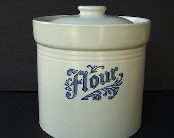 "Pfaltzgraff ""Yorktowne"" Flour Canister Lid Stoneware Gray Blue"