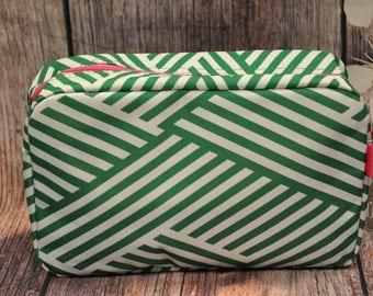 Green and Pink Cosmetic Bag, Green and Pink MakeUp Bag, Toiletry Bag, Monogrammed MakeUp Bag, Monogrammed Cosmetic Bag, Personalized Bag