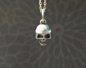 Tiny Skull necklace-Choose your length-Antique Silver Plated Skull Charm on a Dainty Silver Plated Cable Chain-Silver Skull necklace