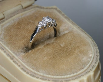Vntage 10k White Gold and CZ Ring