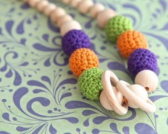 Multicolor bulky nursing necklace. Big teething necklace. Girls crochet necklace. Orange, lilac, green.