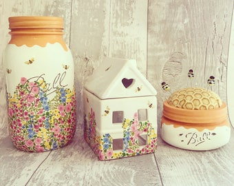 Hand made Honey pot/Bee mason jar - Home interior - summer time - watercolour florals - spring - vintage style
