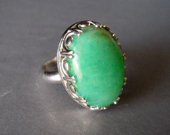 Chrysoprase Ring, Size 7 1/4, Green Ring, Chrysoprase Gemstone, Solitaire Ring, Statement Ring