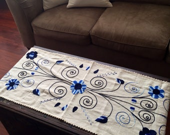 Double stitch hand embroidered table runner
