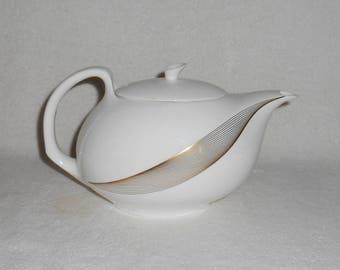 Wedgwood TRANQUILITY Tea Pot English Bone China ~ White with Gold Swirls