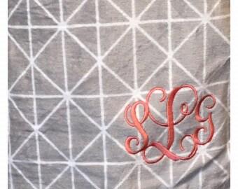 Monogrammed Towel Wrap, Spa Wrap, Bath Wrap, Bridesmaid Towel Wrap, Embroidery Towel Wrap, Birthday Gift, Personalized Gift