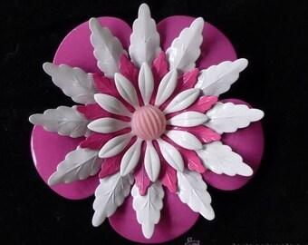 Beautiful vintage 1960 pastel pink and white enamel flower brooch