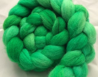 Hand Dyed Roving - Lucky - 3.5 oz - 100g - Peruvian Highland Wool