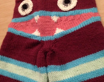 Adorable Knit Monster pants!! Magenta