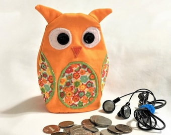 Orange Owl Shaped Small Zipper Pouch, Hoot Owl Knitting/Crochet Project Accessory Bag, Ear Bud Pouch, Keys and Coin Purse, Applique ZipPouch