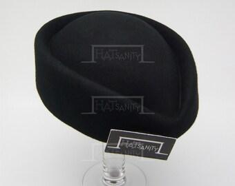 VINTAGE x ELEGANT Wool Felt Pillbox Hat - Black