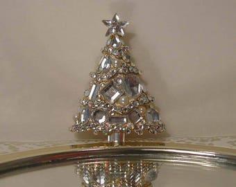 Diamonds and Pearls Christmas Tree Brooch